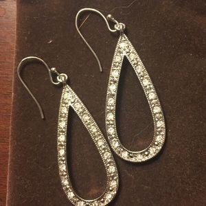 Jewelry - Silvertone sparkle raindrop earrings